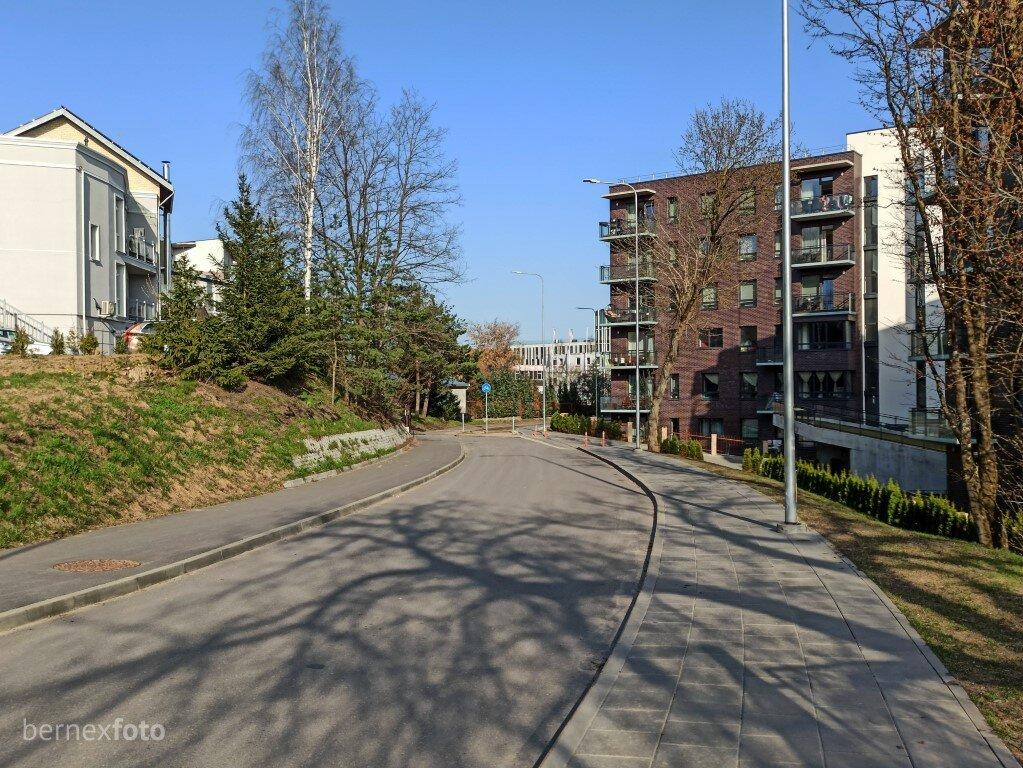 Kelias tęsiasi šalia naujo Žvėryno namų kvartalo