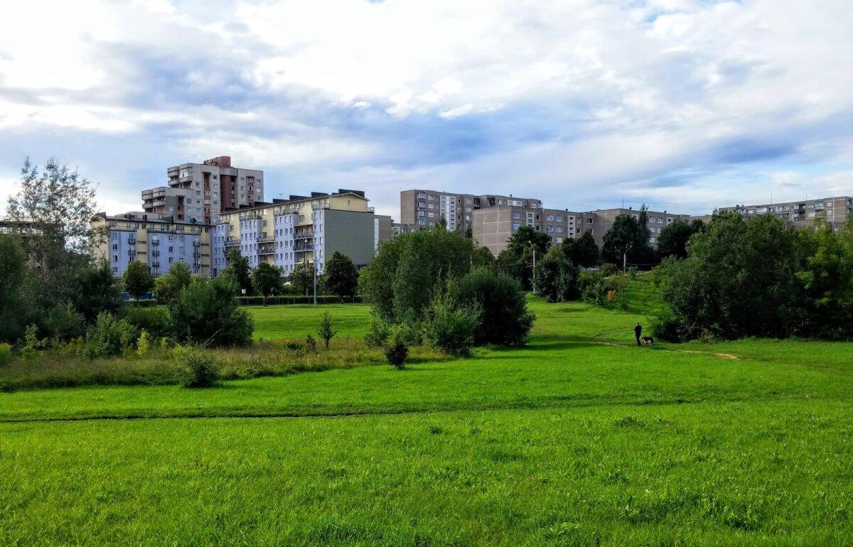 Pusiau urbanistinis peizažas